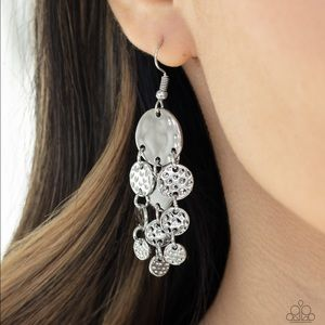 paparazzi Jewelry - Delicate Silver Dangly Earrings NWT